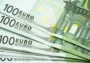 Saat nyt lainaa 10000 euroa netistä todella helposti ilman vakuuksia.
