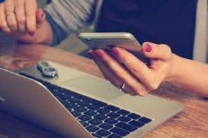 Ota kännykkä käteen ja vertaa 5000 euron kulutusluotot löytäen nopeasti halvimman.